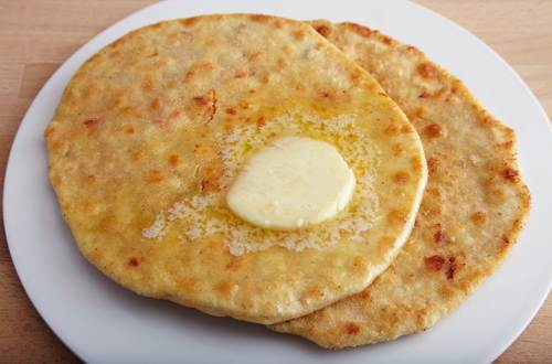 Tandoori Chicken Keema Paratha (Indian Stuffed Flatbread)
